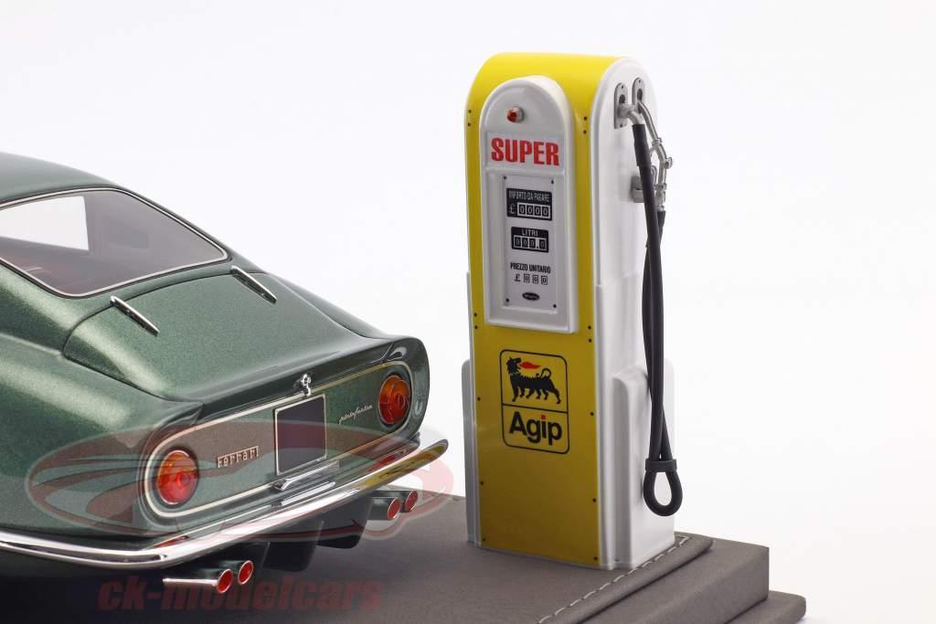 Ferrari 275 GTB Construction year 1964 Personal Car Battista Pininfarina with showcase and Leather Box 1:18 BBR