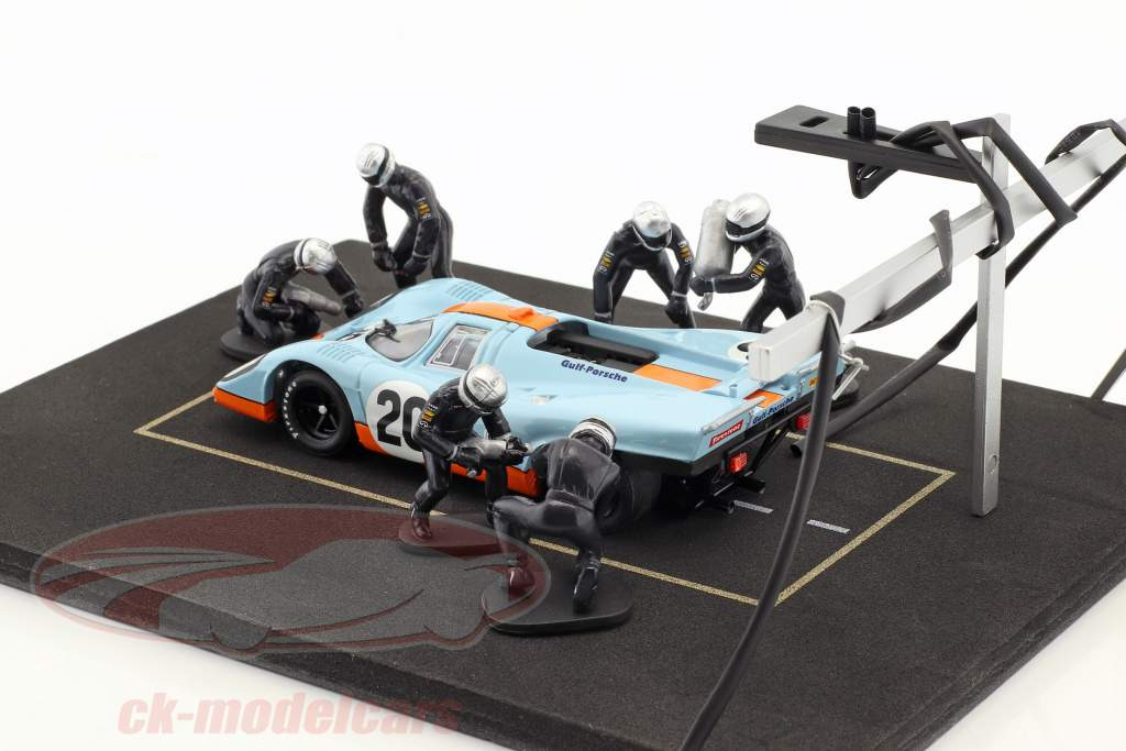 Pit stop mechanic set with 6 characters and equipment blue 1:43 Ixo