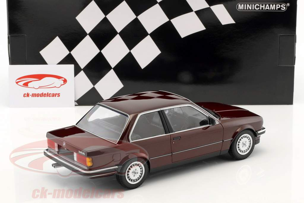 BMW 323i (E30) year 1982 dark red metallic 1:18 Minichamps