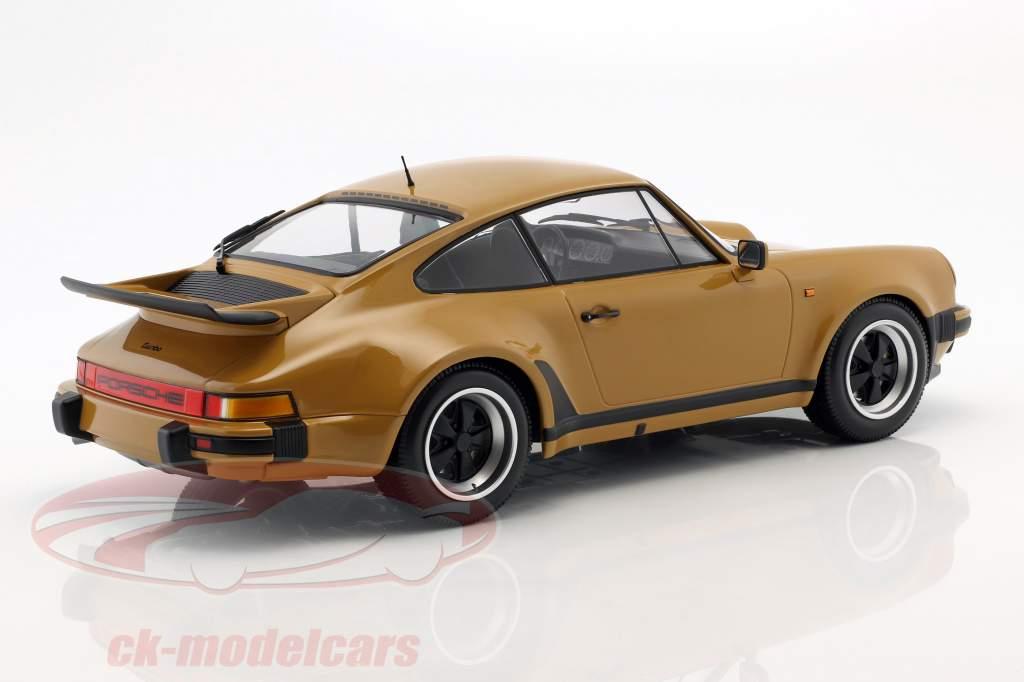 Porsche 911 (930) Turbo Bouwjaar 1977 bruinen geel 1:12 Minichamps