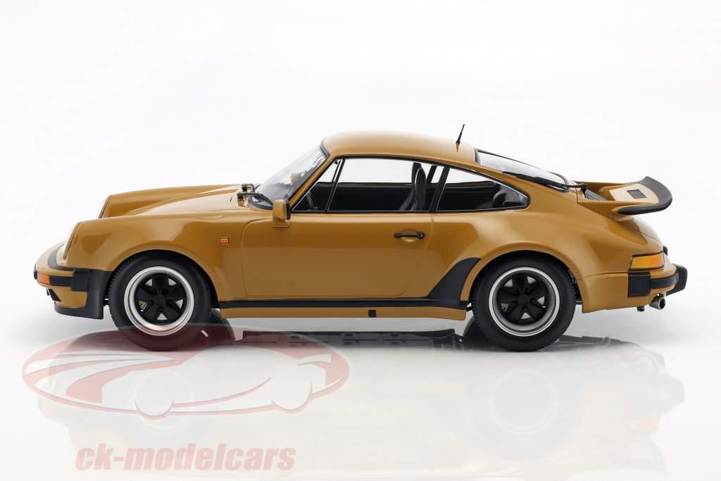 Porsche 911 (930) Turbo ano de construção 1977 bronzeado amarelo 1:12 Minichamps