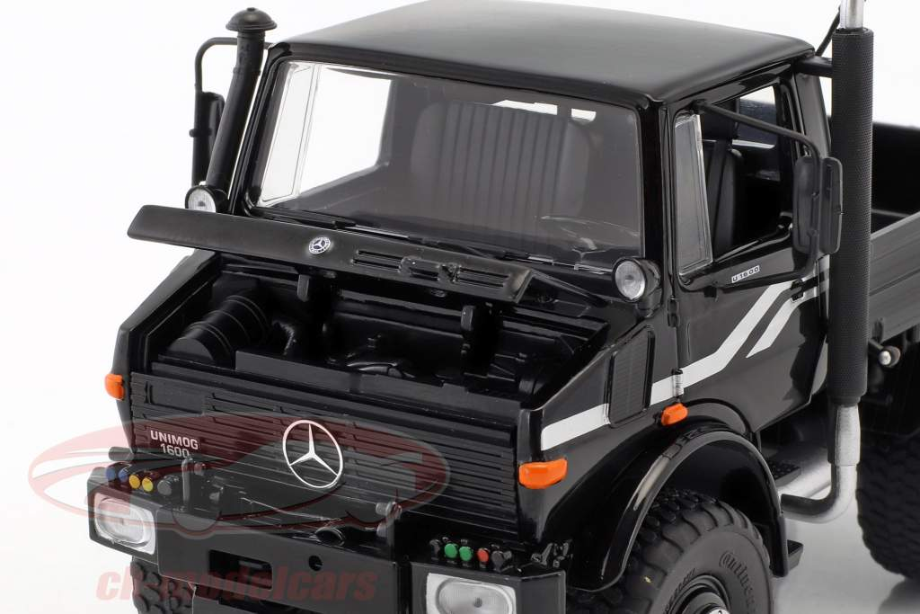 Mercedes-Benz Unimog U1600 black 1:32 Schuco