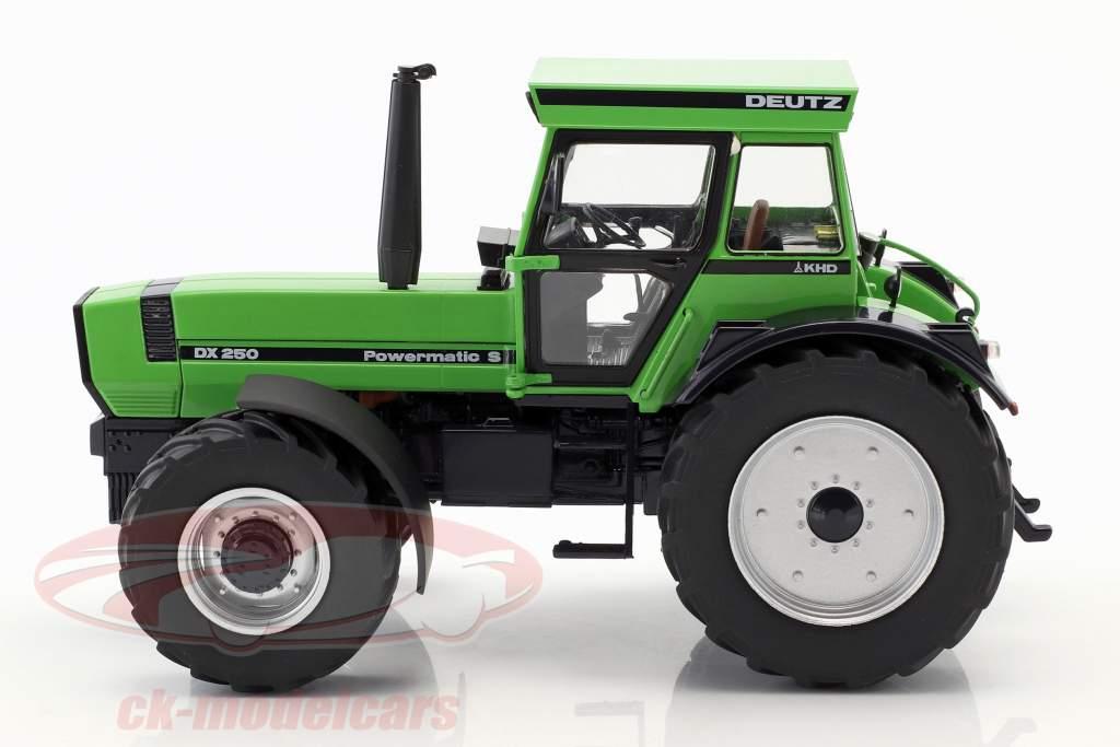Deutz DX 250 groen 1:32 Schuco