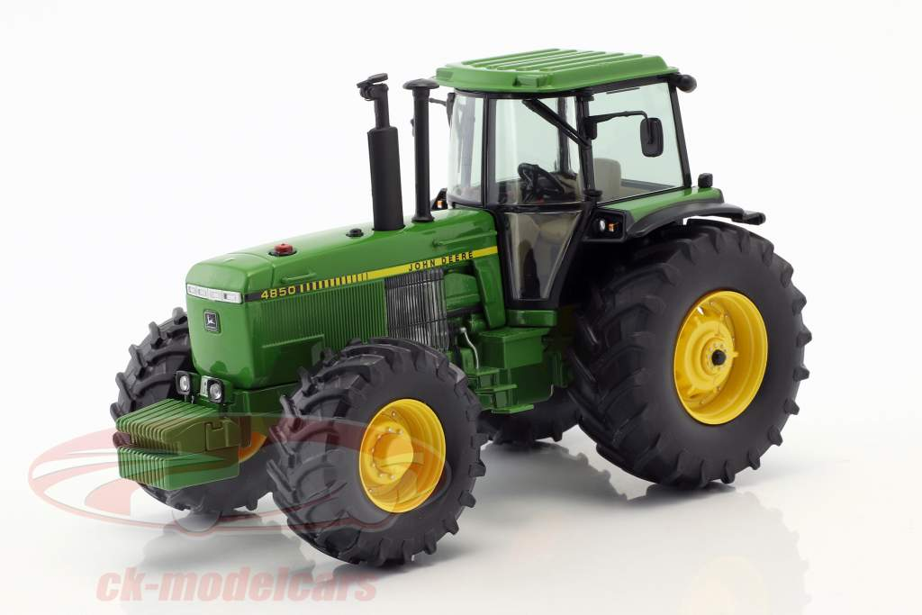 John Deere 4850 green 1:32 Schuco