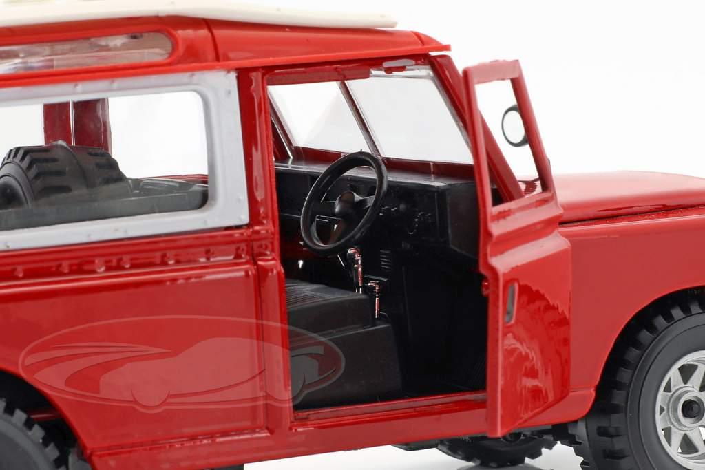 Land Rover Series II rood / wit 1:24 Bburago