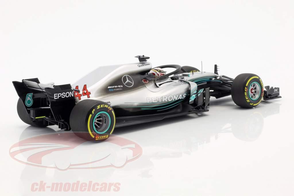 Lewis Hamilton Mercedes-AMG W09 EQ verdensmester formel 1 2018 1:18 Minichamps