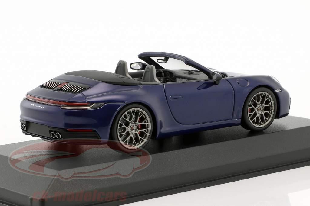 Porsche 911 (992) Carrera 4S cabriolé ano de construção 2019 azul genciana 1:43 Minichamps