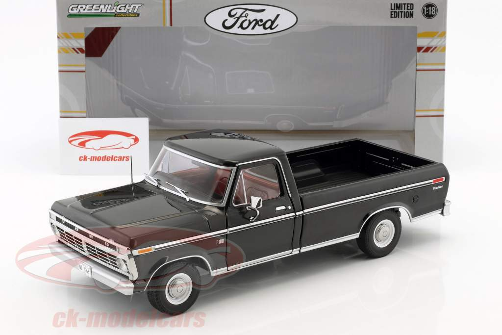 Ford F-100 Pick-Up Opførselsår 1973 sort 1:18 Greenlight