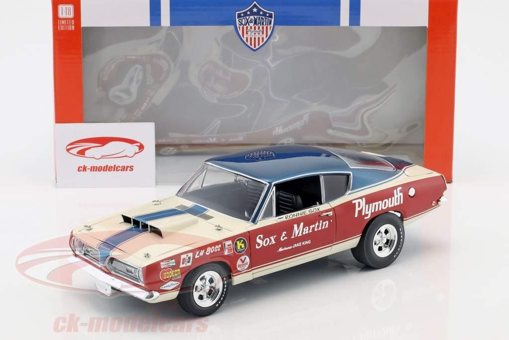 Plymouth Barracuda Sox & Martin Opførselsår 1968 rød / hvid / blå 1:18 Geenlight
