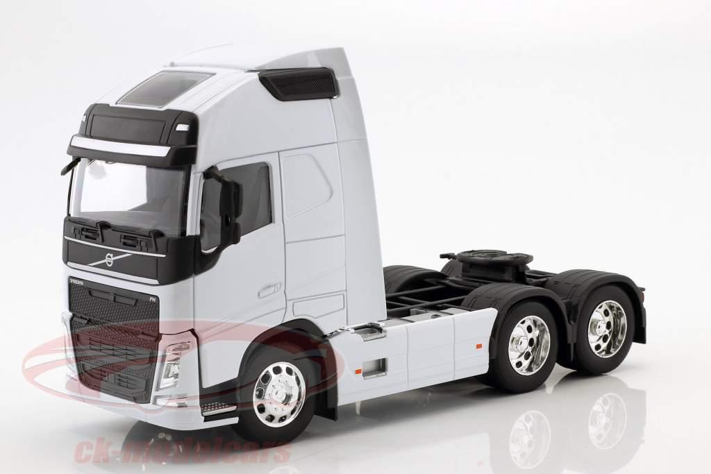 Volvo FH (6x4) tractor año de construcción 2016 blanco 1:32 Welly