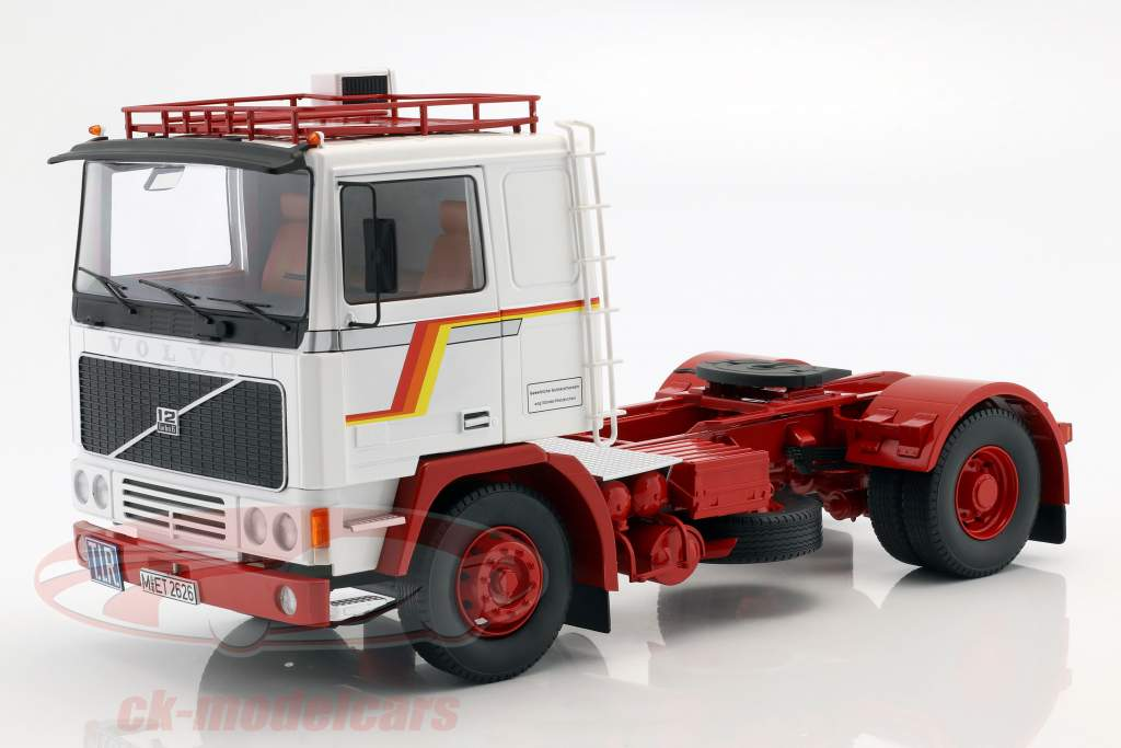 Volvo F12 trator ano de construção 1977 branco / vermelho 1:18 Road Kings