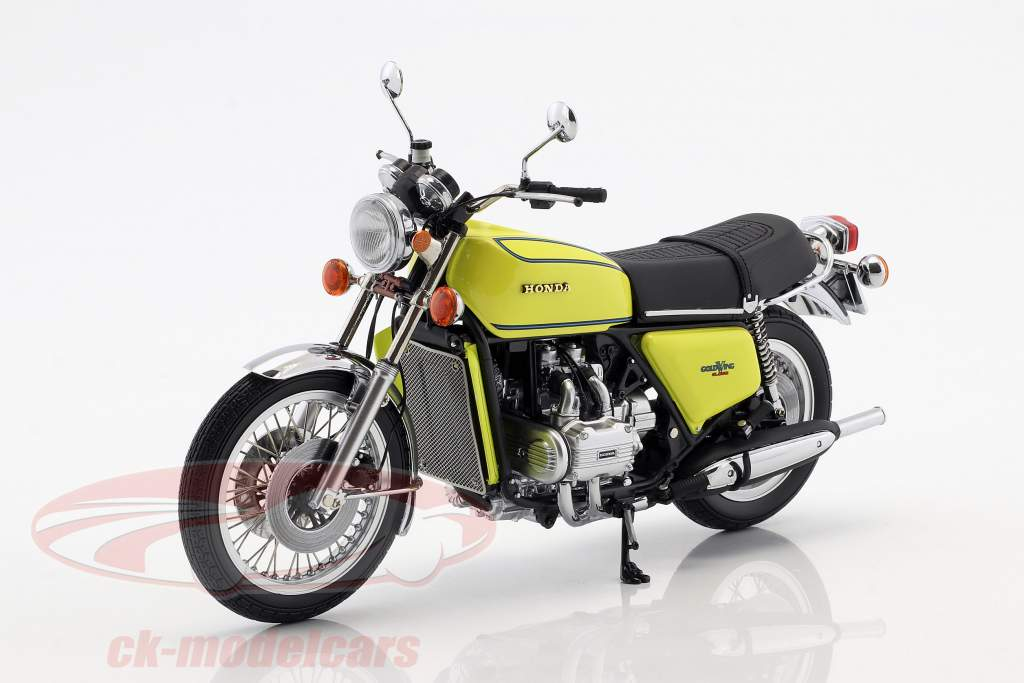 Honda Goldwing GL 1000 K3 year 1975 yellow 1:12 Minichamps