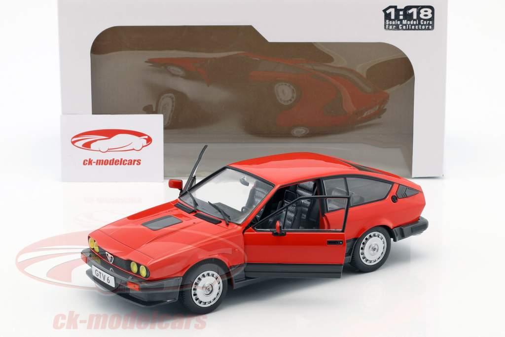 Alfa Romeo GTV6 anno di costruzione 1984 rosso 1:18 Solido
