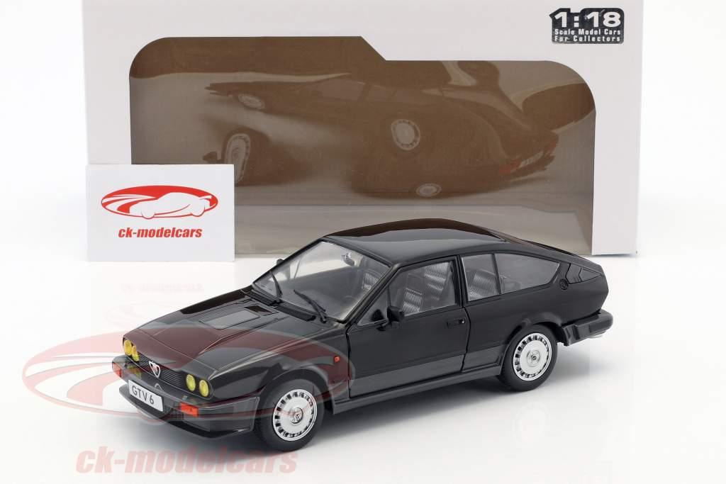 Alfa Romeo GTV6 Opførselsår 1984 sort 1:18 Solido