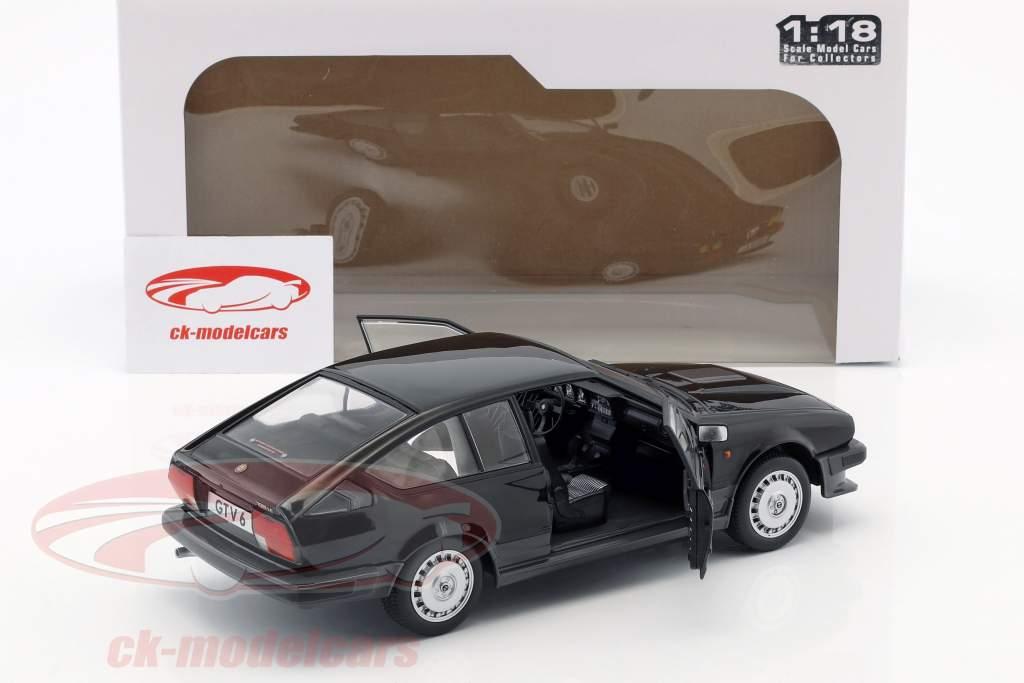 Alfa Romeo GTV6 anno di costruzione 1984 nero 1:18 Solido