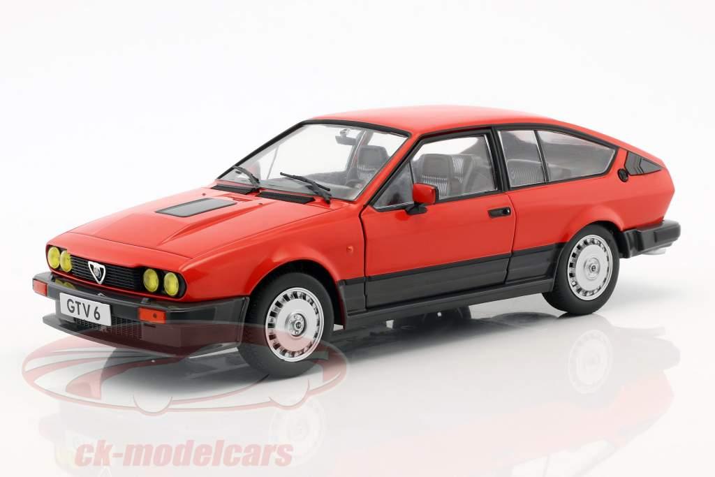 Alfa Romeo GTV6 ano de construção 1984 vermelho 1:18 Solido