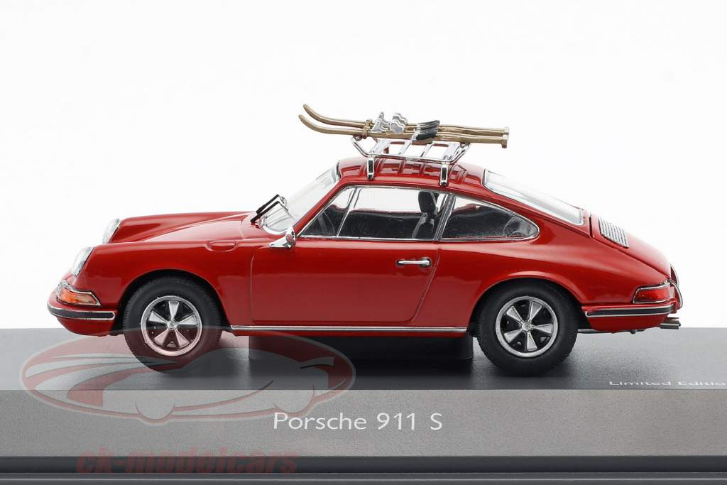 Porsche 911 S Ski holidays red 1:43 Schuco