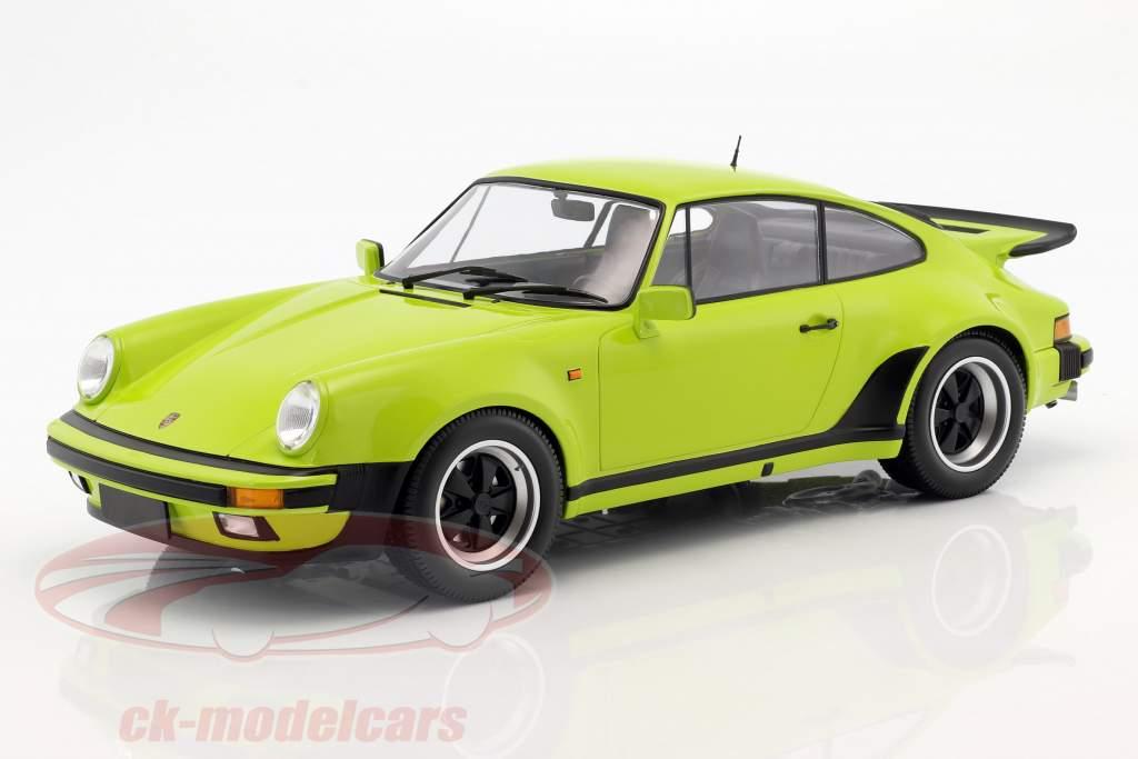 Porsche 911 (930) Turbo year 1977 light green 1:12 Minichamps