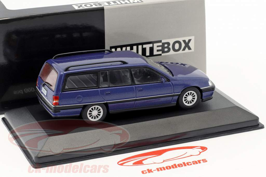 Opel Omega A2 Caravan Opførselsår 1990-1993 blå metallisk 1:43 WhiteBox