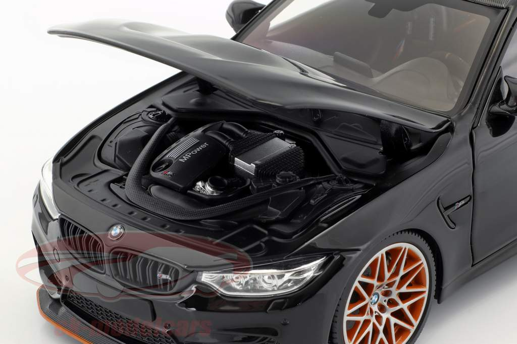 BMW M4 GTS Bouwjaar 2016 zwart metalen 1:18 Minichamps