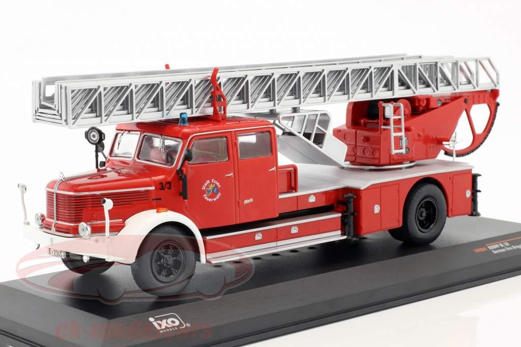 Krupp DL52 avec échelle pompiers Essen rouge 1:43 Ixo