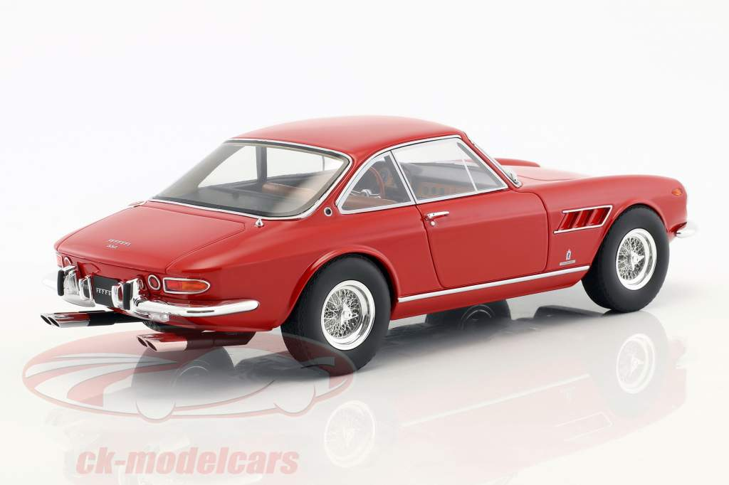 Ferrari 330 GTC red 1:18 CMR