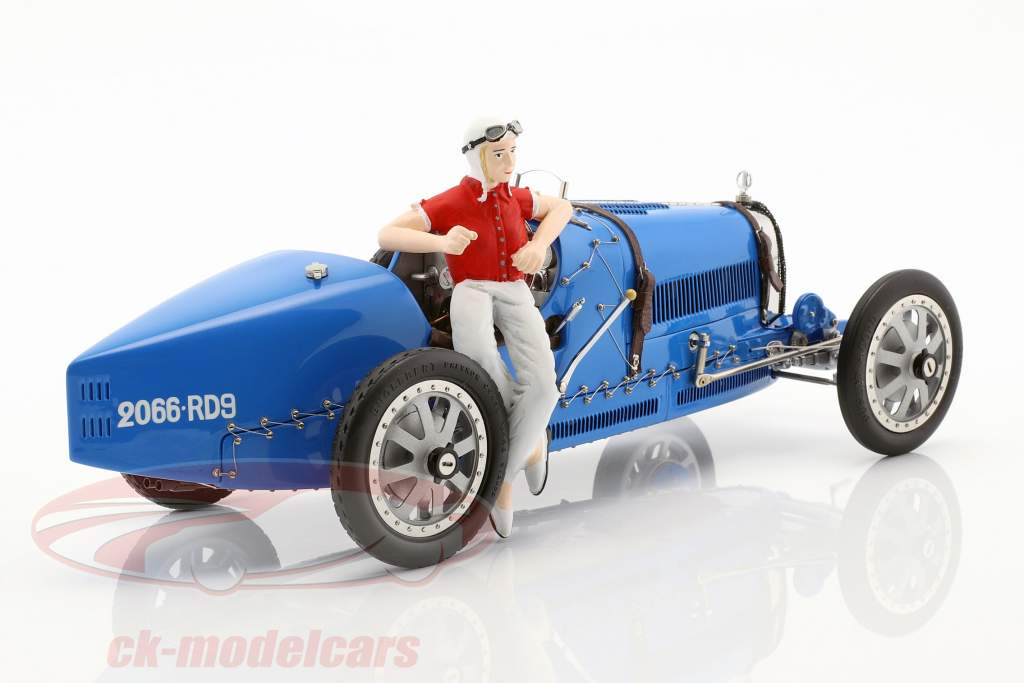 Bugatti type 35 Grand Prix #30 blauw met vrouw renner beeldje 1:18 CMC