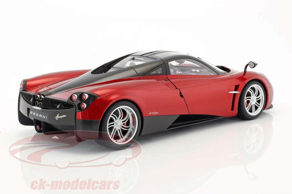 Pagani Huayra ano de construção 2011 vermelho metálico 1:12 AUTOart