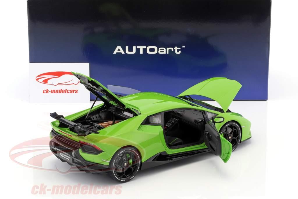 Lamborghini Huracan Performante year 2017 mantis green 1:18 AUTOart