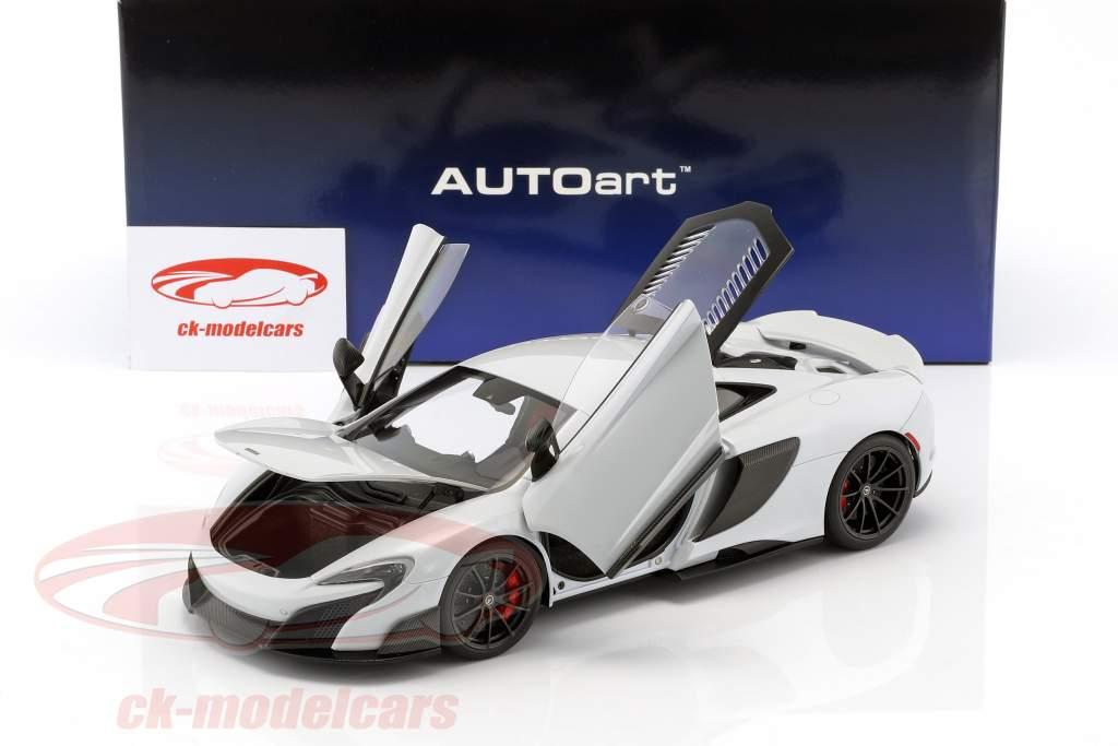 McLaren 675 LT year 2016 silica white 1:18 AUTOart