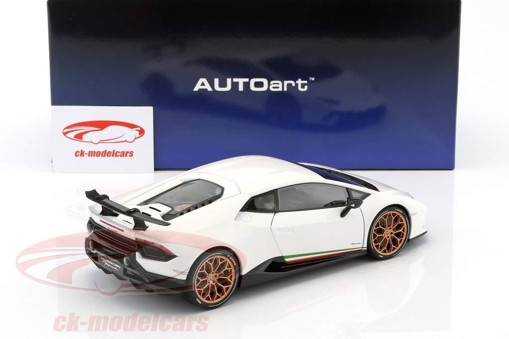 Lamborghini Huracan Performante Opførselsår 2017 monocerus hvid 1:18 AUTOart