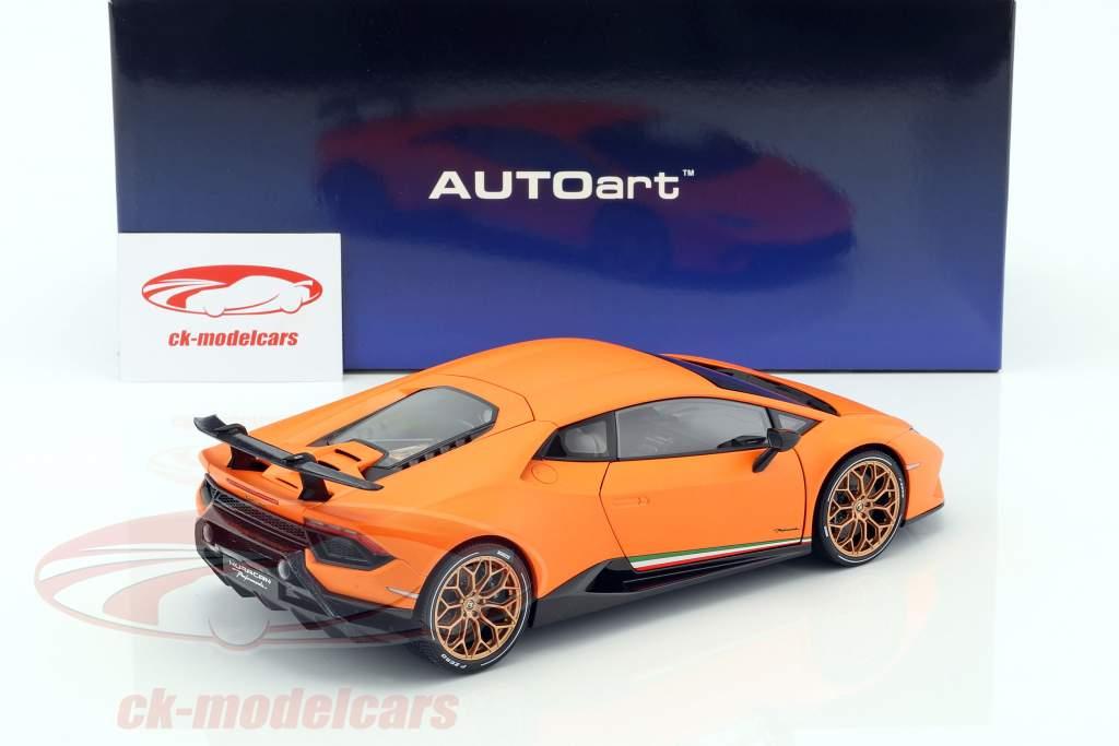 Lamborghini Huracan Performante Opførselsår 2017 anthaeus appelsin 1:18 AUTOart