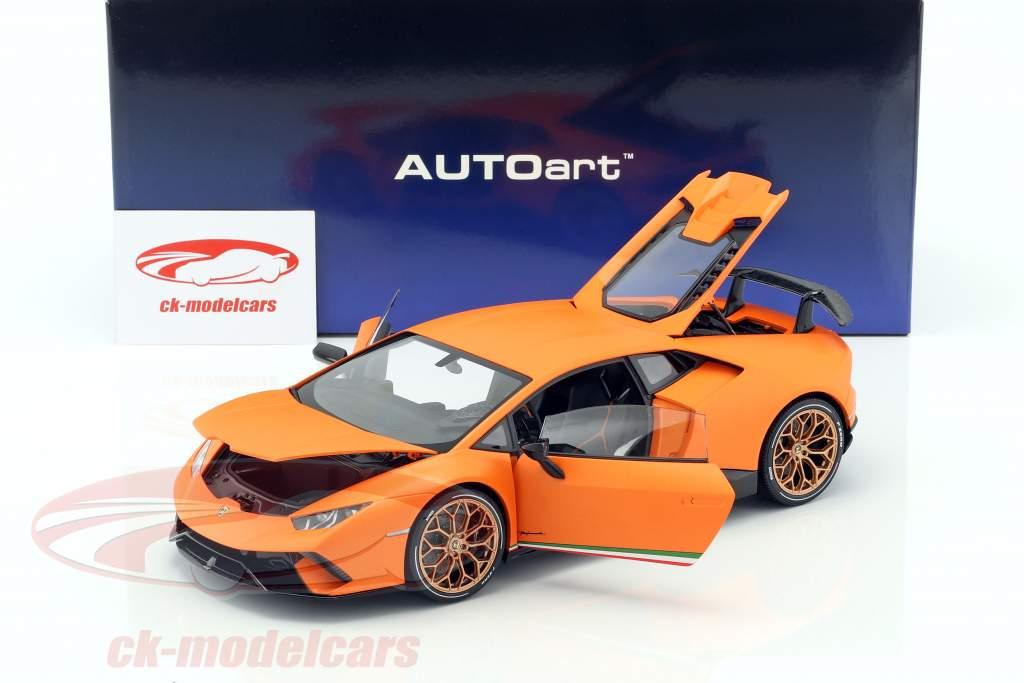 Lamborghini Huracan Performante année de construction 2017 anthaeus orange 1:18 AUTOart