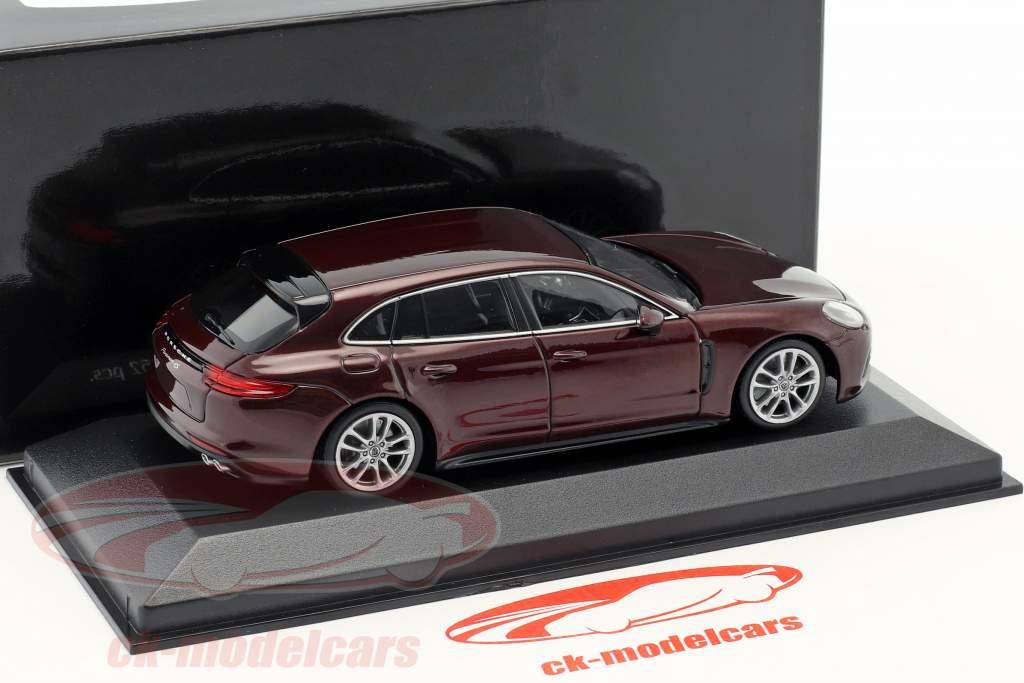 Porsche Panamera 4S Diesel Sport Turismo Opførselsår 2017 Bourgogne rød metallisk 1:43 Minichamps