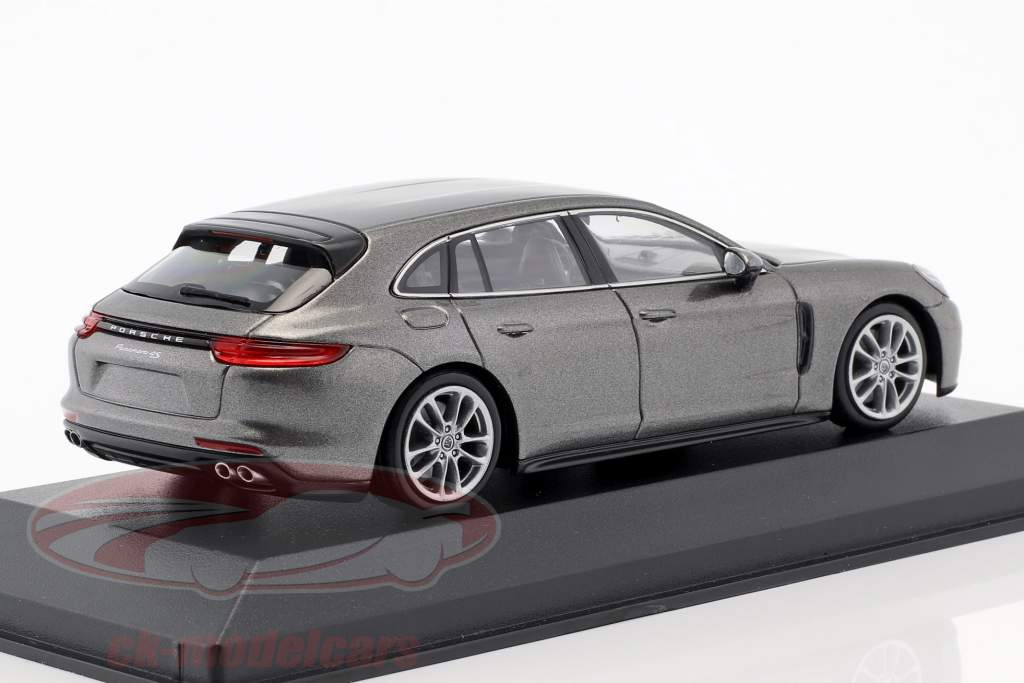 Porsche Panamera 4S Diesel Sport Turismo Opførselsår 2017 agat grå metallisk 1:43 Minichamps