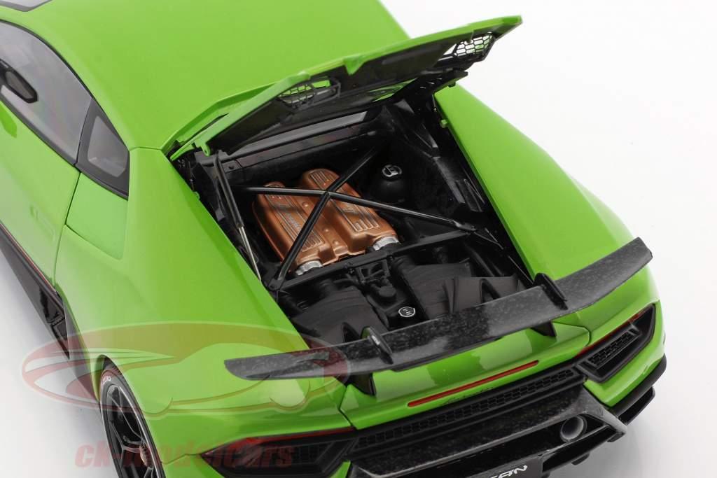 Lamborghini Huracan Performante année de construction 2017 mantis vert 1:18 AUTOart