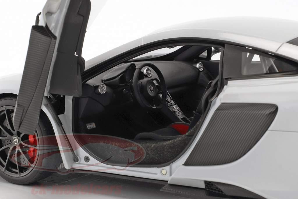 McLaren 675 LT Baujahr 2016 silica weiß 1:18 AUTOart