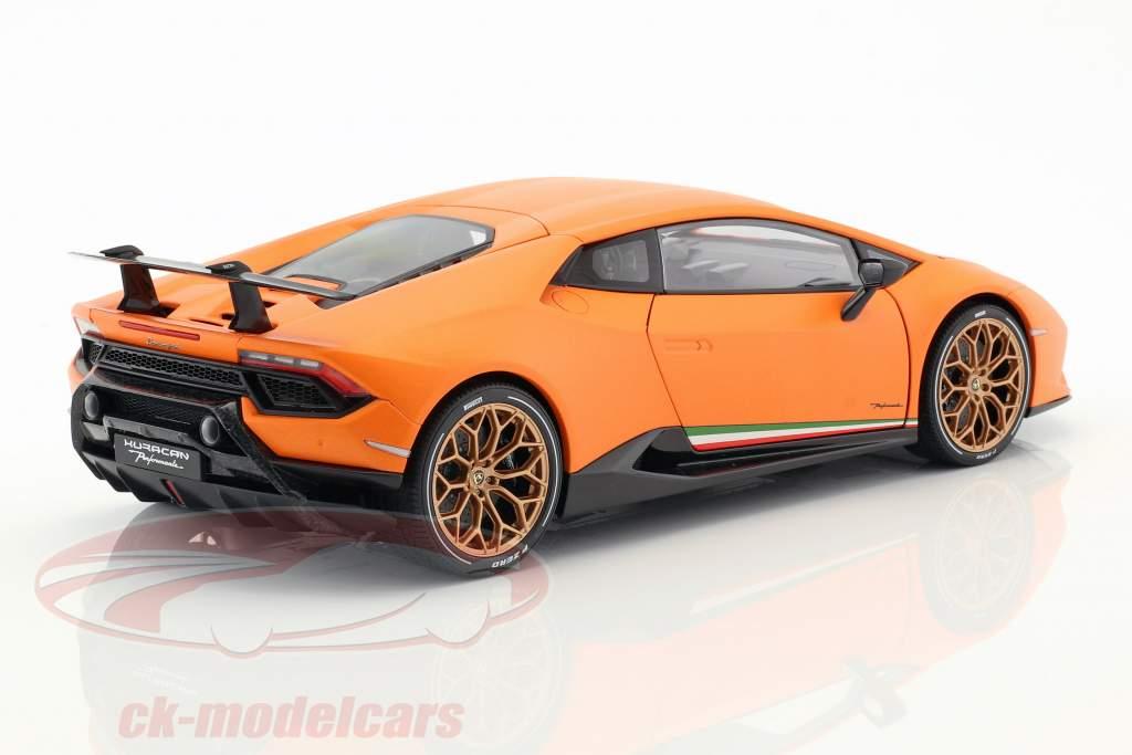 Lamborghini Huracan Performante anno di costruzione 2017 anthaeus arancione 1:18 AUTOart