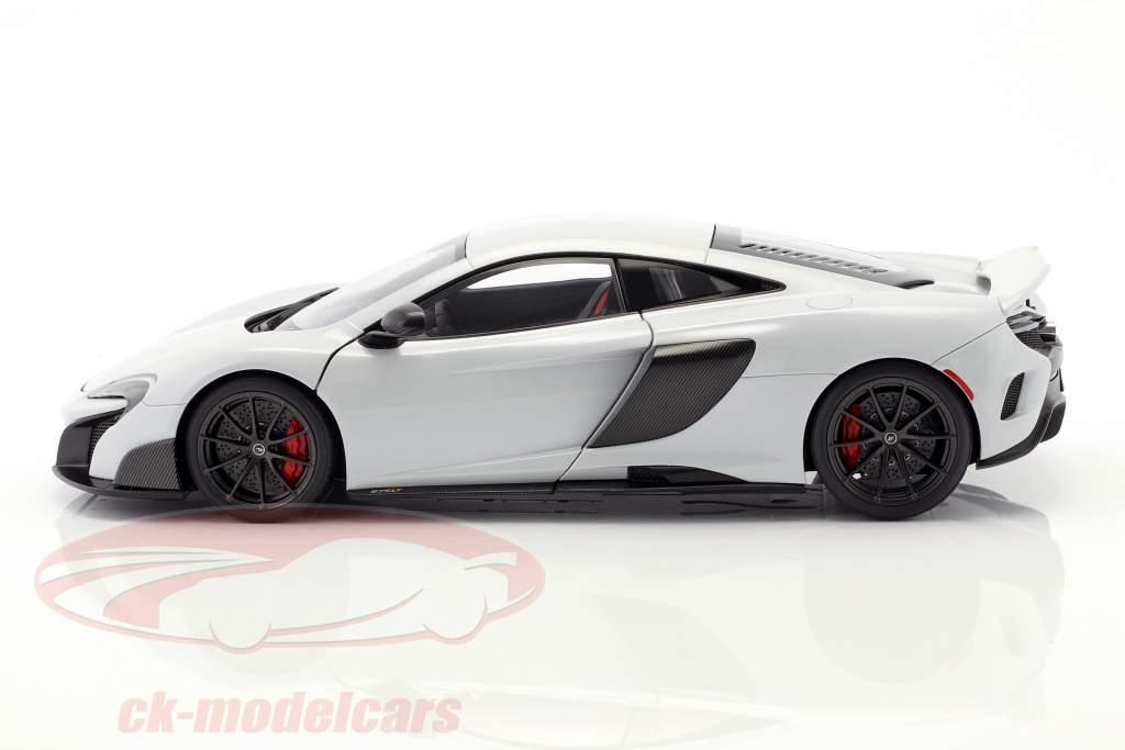 McLaren 675 LT anno di costruzione 2016 silice bianco 1:18 AUTOart