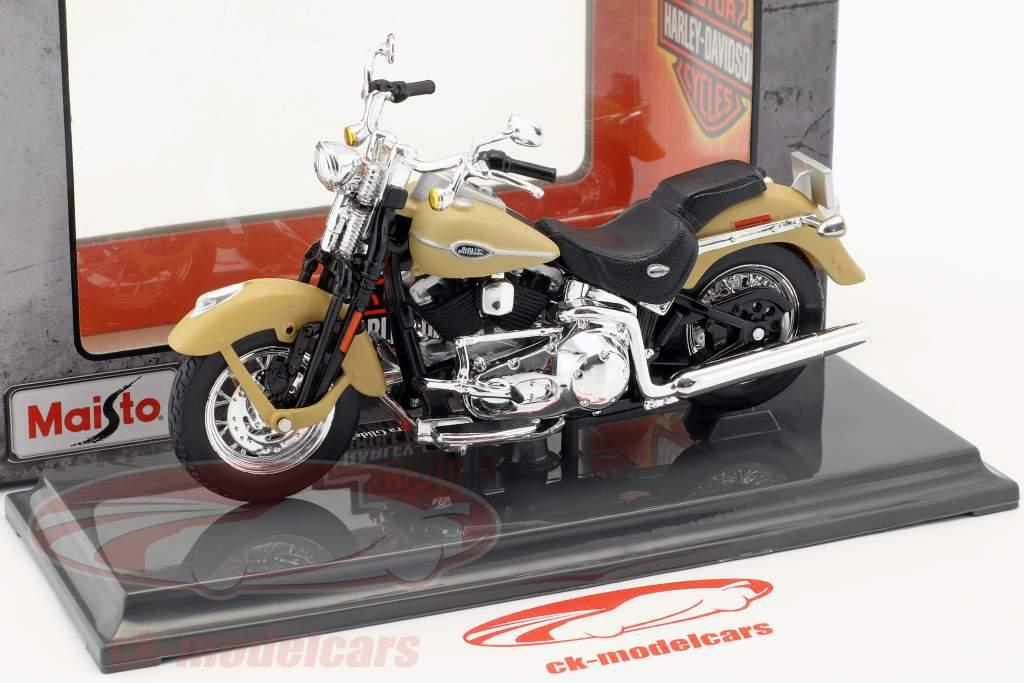 Harley-Davidson FLHTCUI Ultra Classic Electra Glid ano de construção 2005 bege 1:18 Maisto