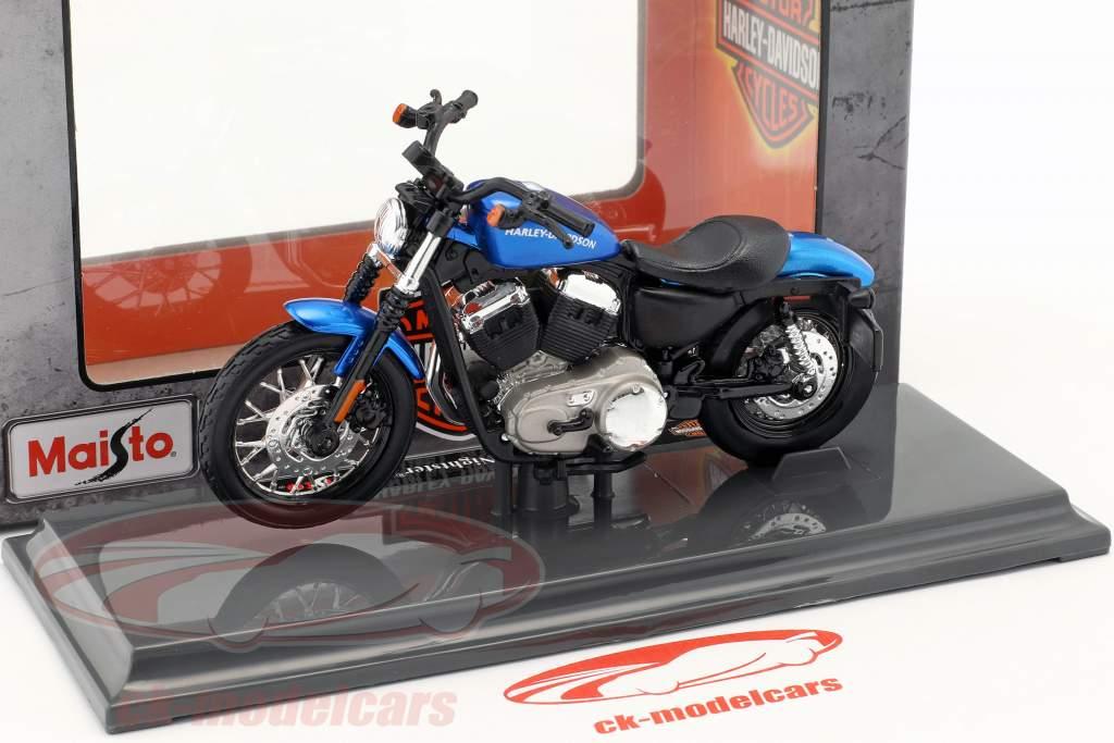Harley-Davidson XL 1200N Nightster année de construction 2012 bleu 1:18 Maisto