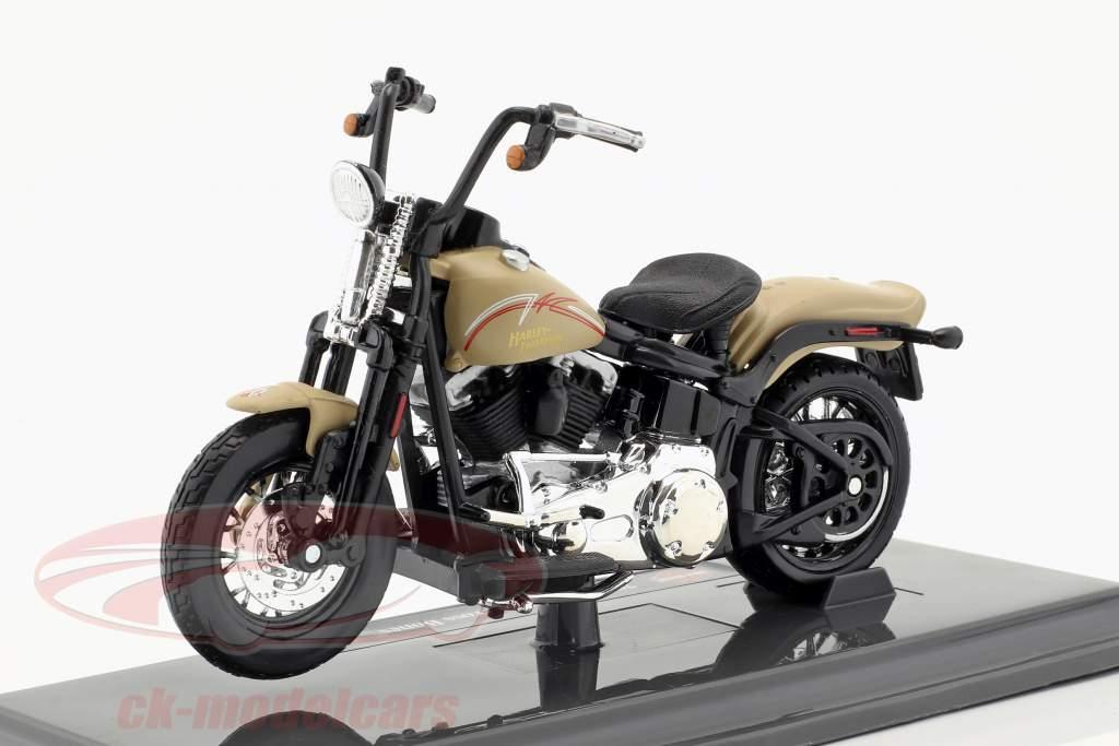 Harley-Davidson FLSTSB Cross Bones ano de construção 2008 bege 1:18 Maisto