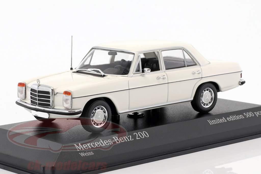 Mercedes-Benz 200D (W115) year 1968 1:43 Minichamps