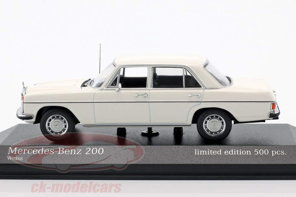 Mercedes-Benz 200D (W115) Baujahr 1968 1:43 Minichamps