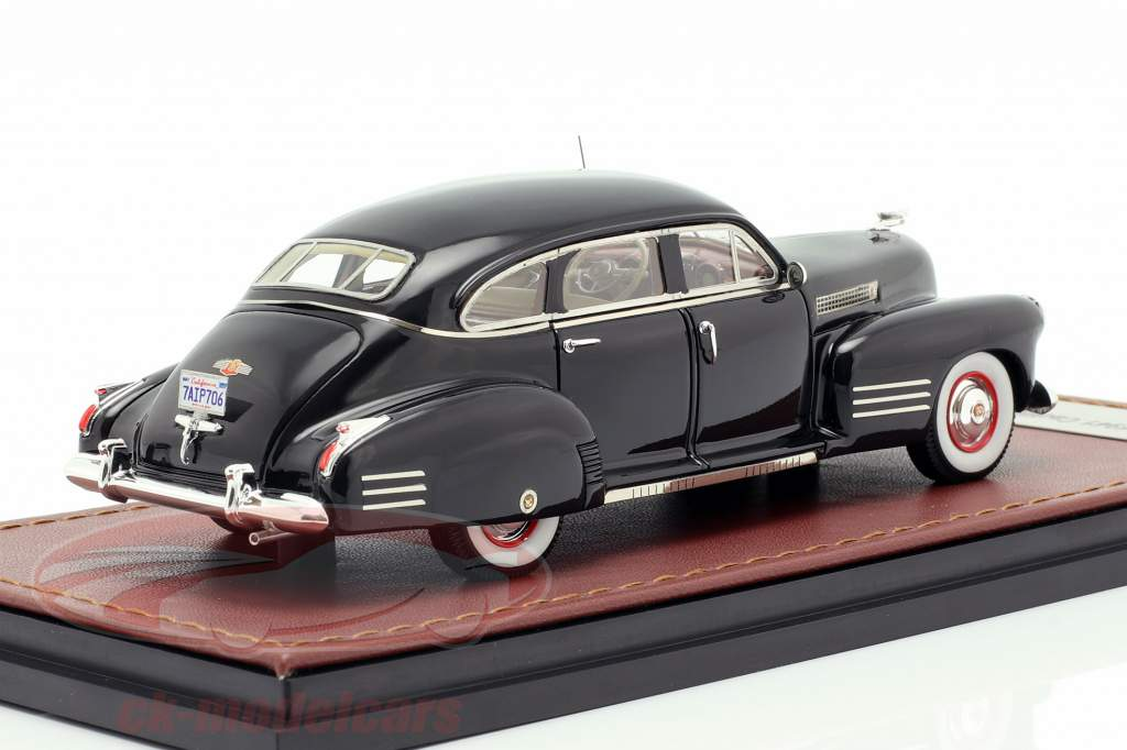 Cadillac Series 63 Baujahr 1941 schwarz 1:43 GLM