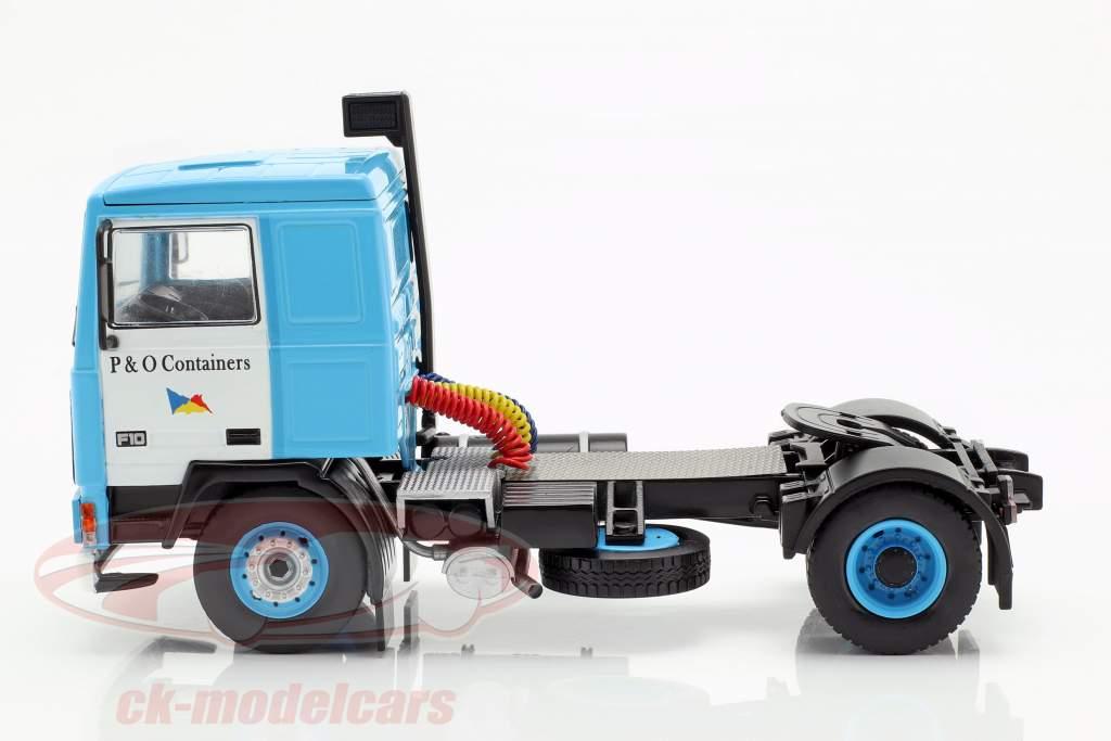 Volvo F10 camión con P&O carro del envase año de construcción 1983 azul 1:43 Ixo