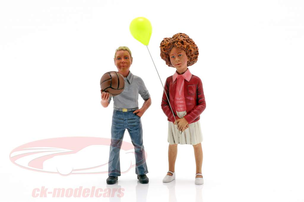 Figuren-Set 2 Kinder mit Ballon und Ball 1:18 LeMansMiniatures
