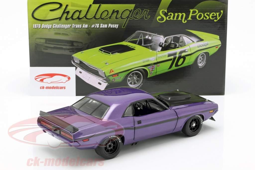 Dodge Challenger Bouwjaar 1970 violet 1:18