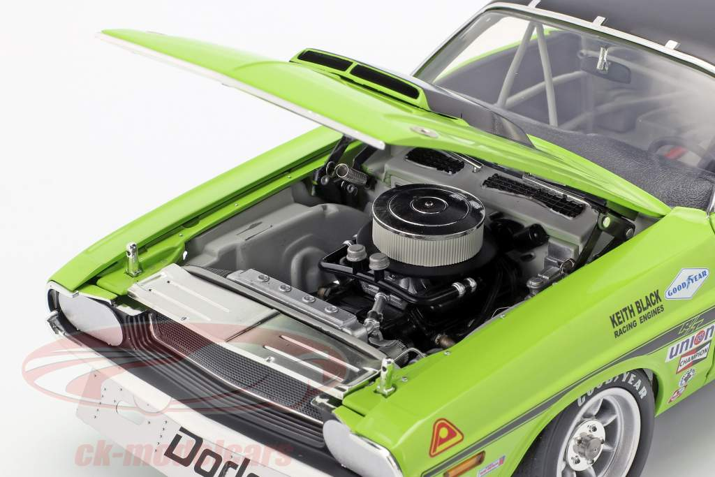 Dodge Challenger Trans Am #76 year 1970 Sam Posey  green / black 1:18 GMP