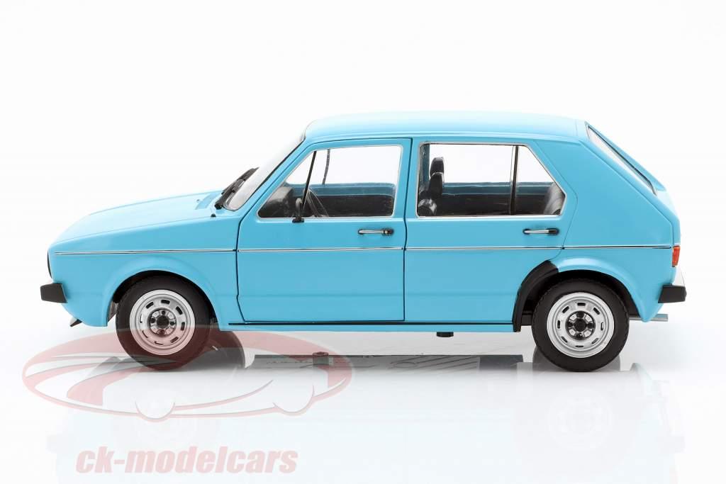 Volkswagen VW Golf I Baujahr 1983 hellblau 1:18 Solido
